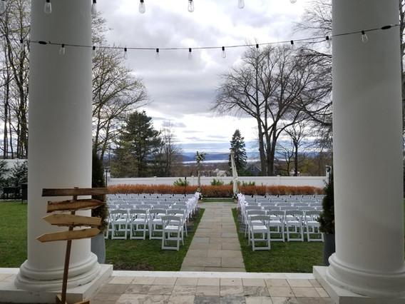 White-Samsonite-Folding-Chairs.jpg
