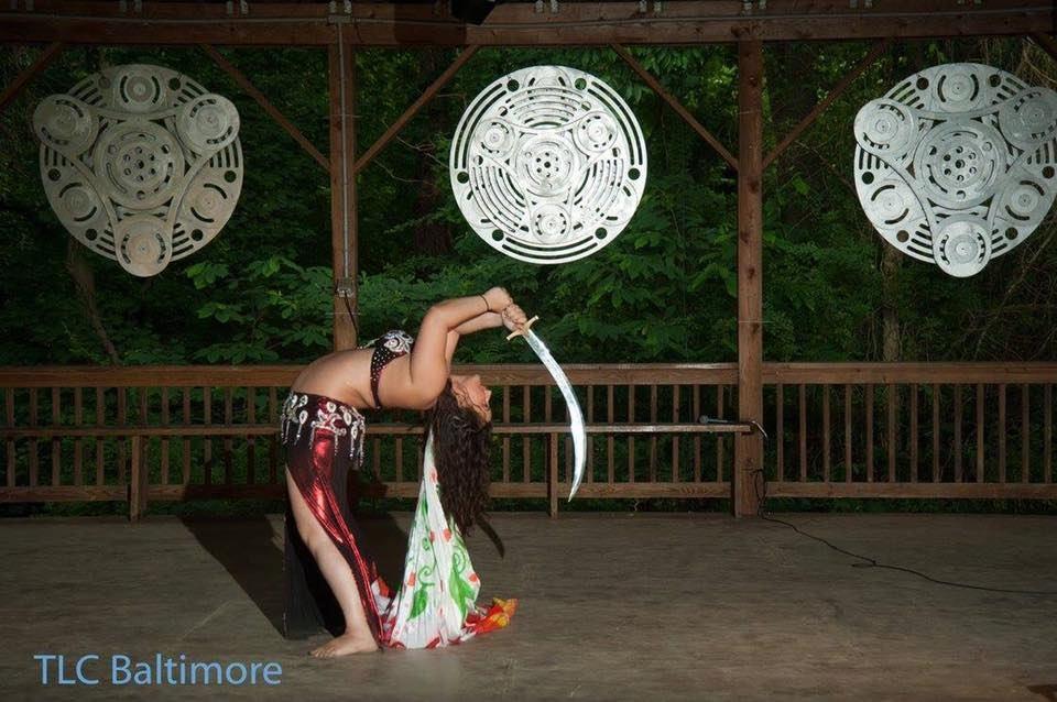 Belly-Dancer-With-Sword