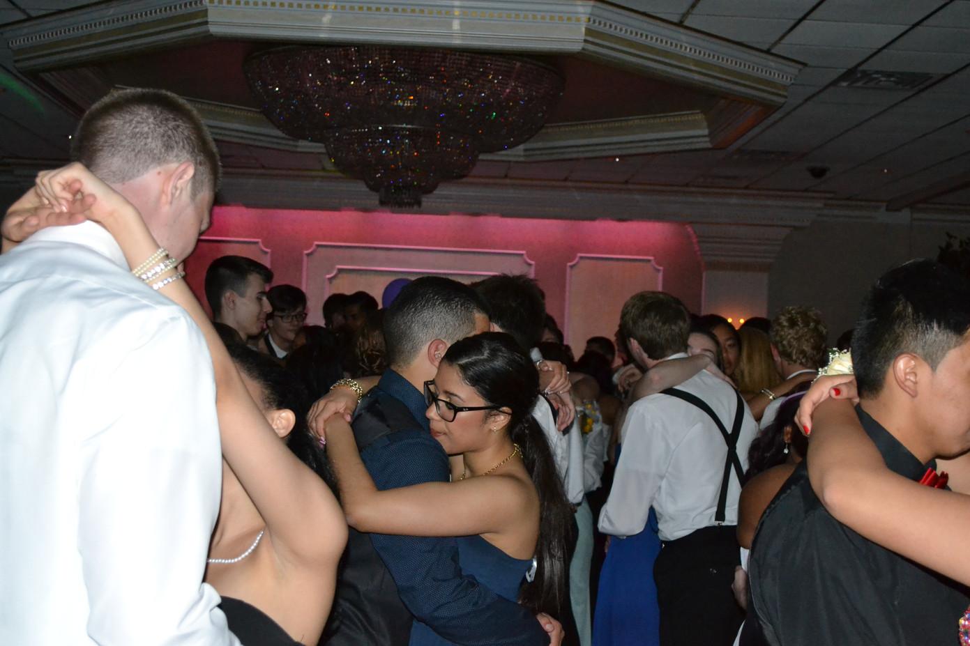 Sweet-Prom-Dance.JPG