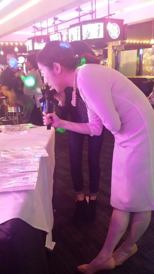Guest-Karaoke-Singing.jpg