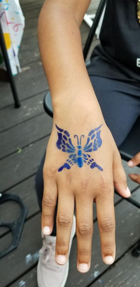 Butterfly-Airbrush-Design-At-Dorsal-Side.jpg