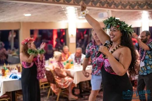 Hula-Theme-Party.jpg