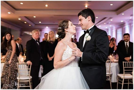 Bride-And-Groom-Dance-Number.jpg