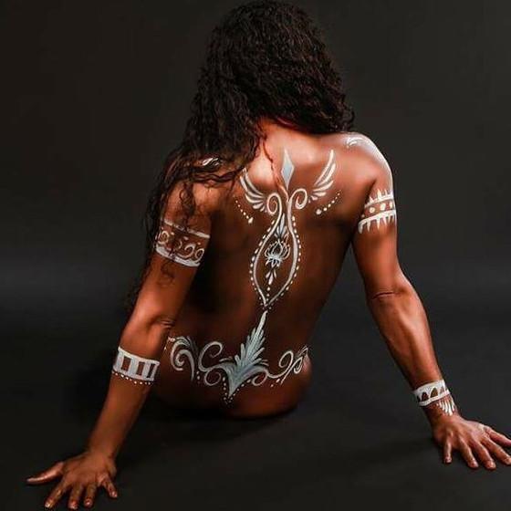 Sexy-Vixen-White-Back-Paint.jpg