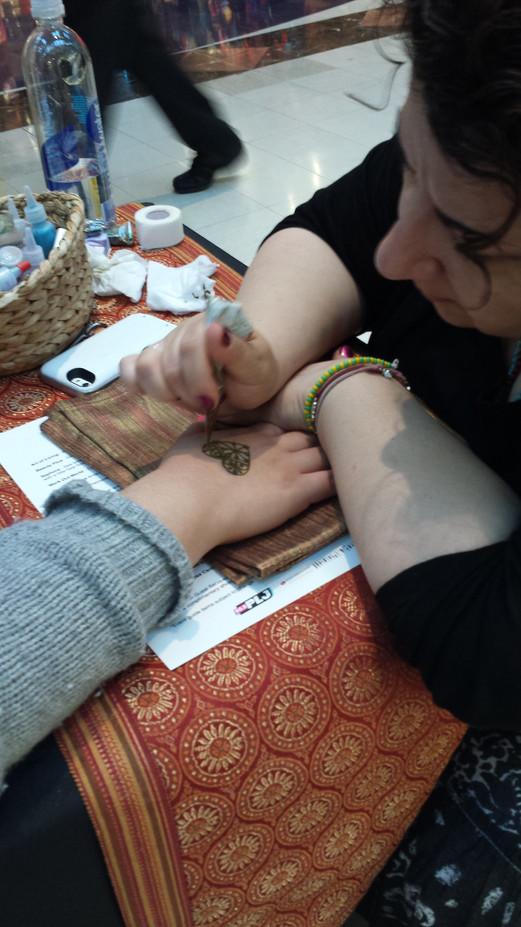 Magical-Memories-Henna-Tattoo-Artist-For-Hire.jpg