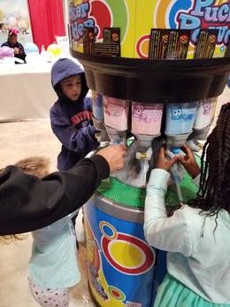 Pucker-Candy-For-Kids.jpg