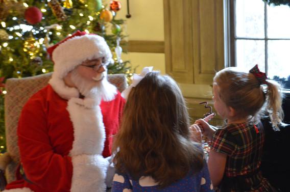 Santa-Claus-Costume-With-Kids.JPG