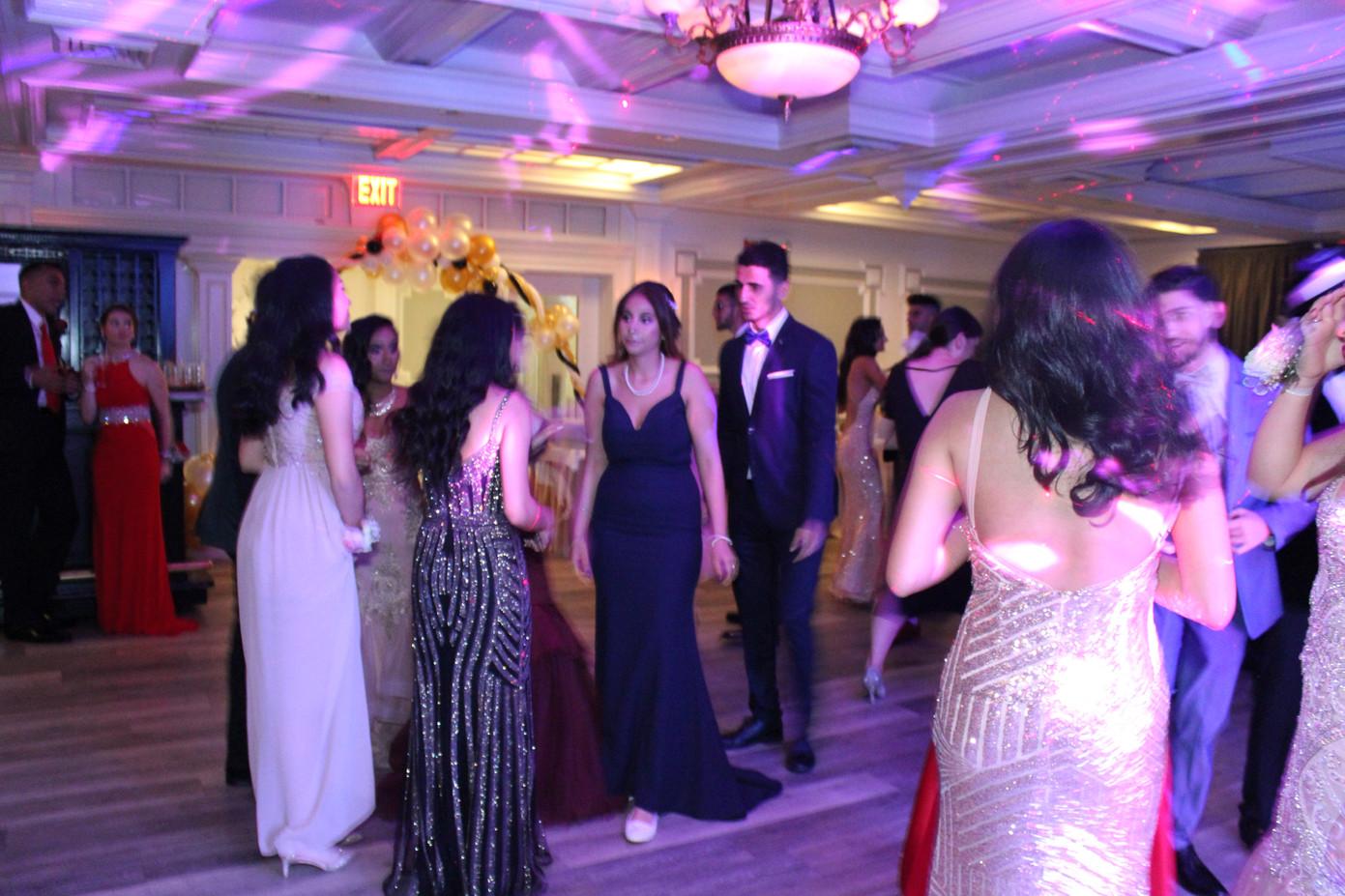 Prom-Night-Attendees.JPG