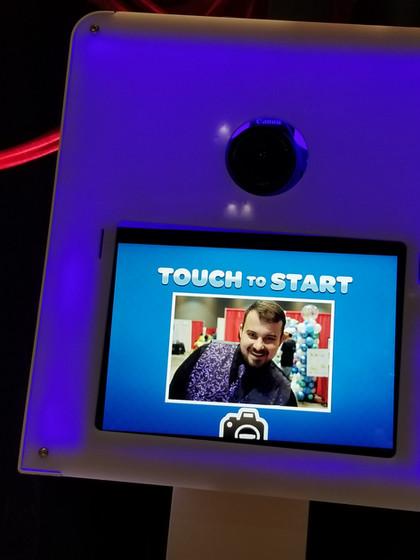 MME-Social-Media-Photo-Booth.jpg