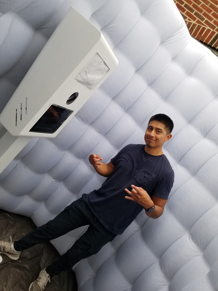 White-Inflatable-Photo-Booth.jpg