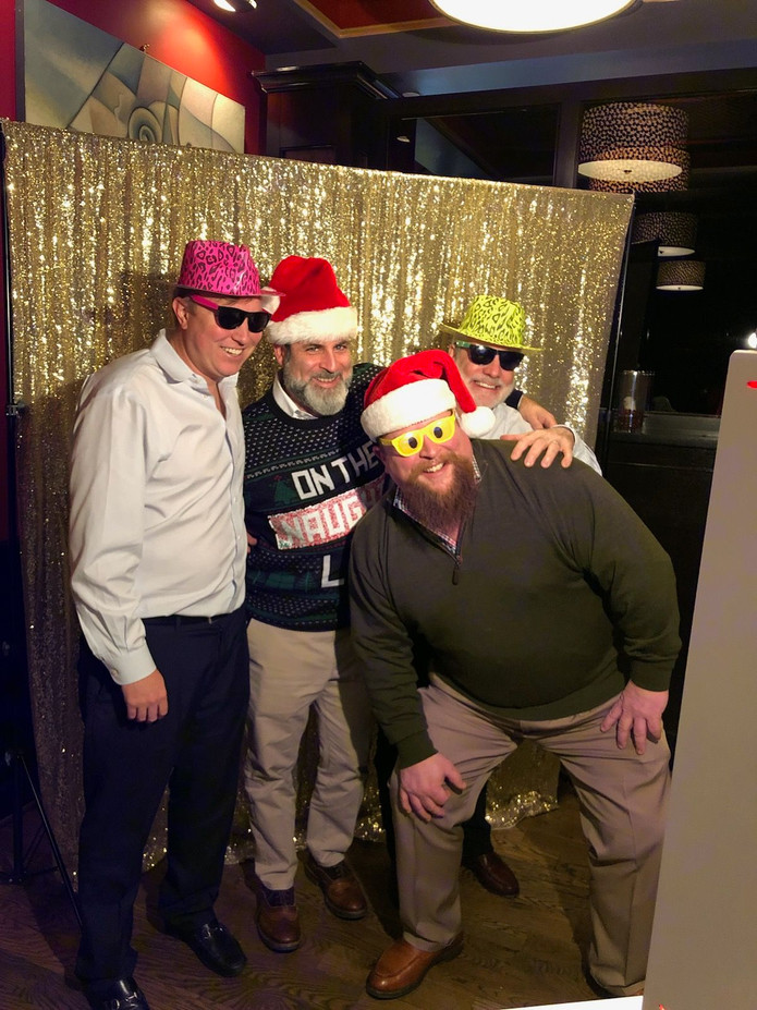 Social-Photo-Booth-Christmas-Party.jpg