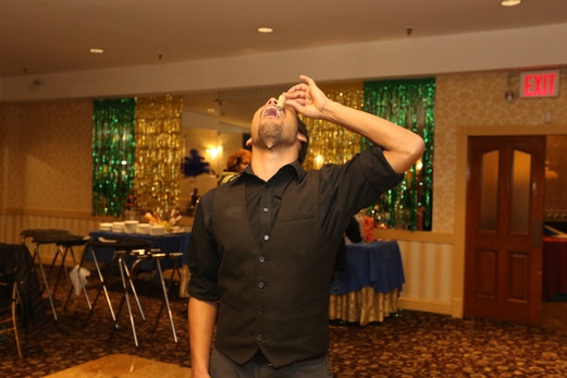 Side-Show-Party-Performer.JPG