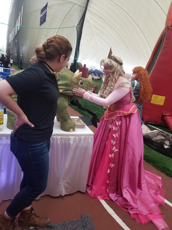Disney-Princess-With-Dinosaur.jpg