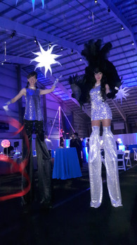 Girl-And-Boy-Stilt-Walker.jpg