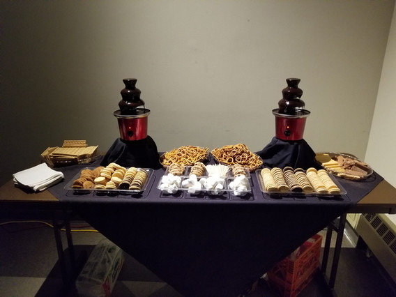 Chocolate-Fountain-For-Rent.jpg