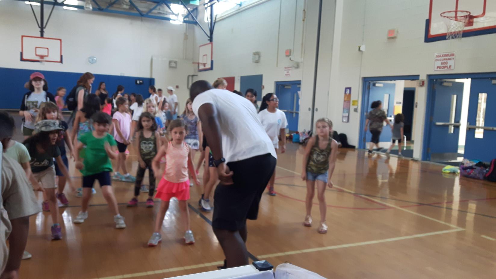 Lead-Dancer-For-Kids-Event.jpg