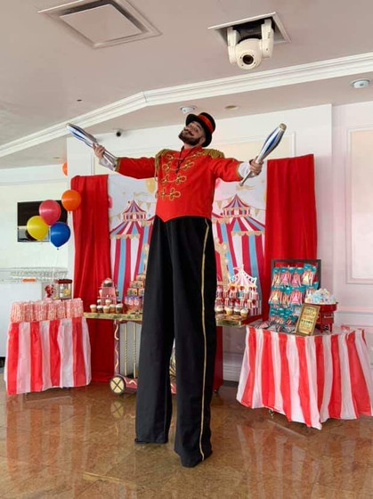 Birthday-Party-Stilt-Walker.jpg