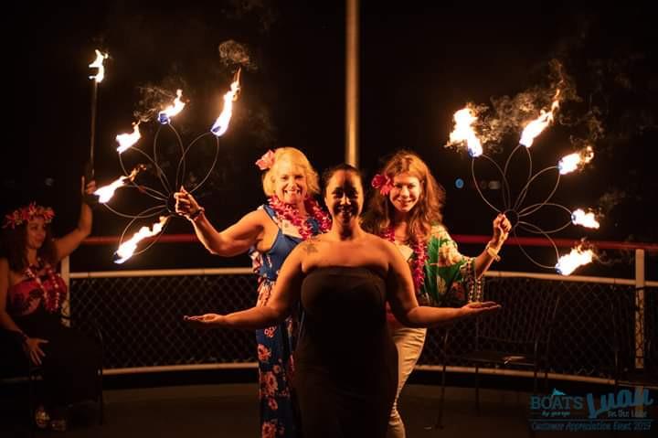 Dynamic-Duo-Fire-Show-By-MME-Ladies-Artist.jpg