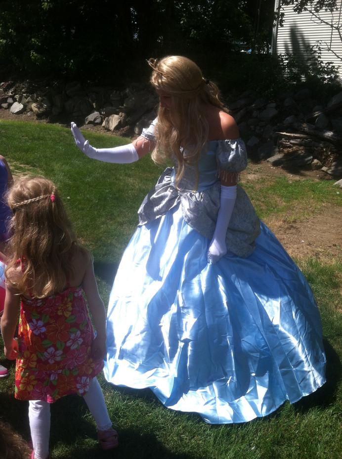 Disney-Princess-With-Girls.JPG