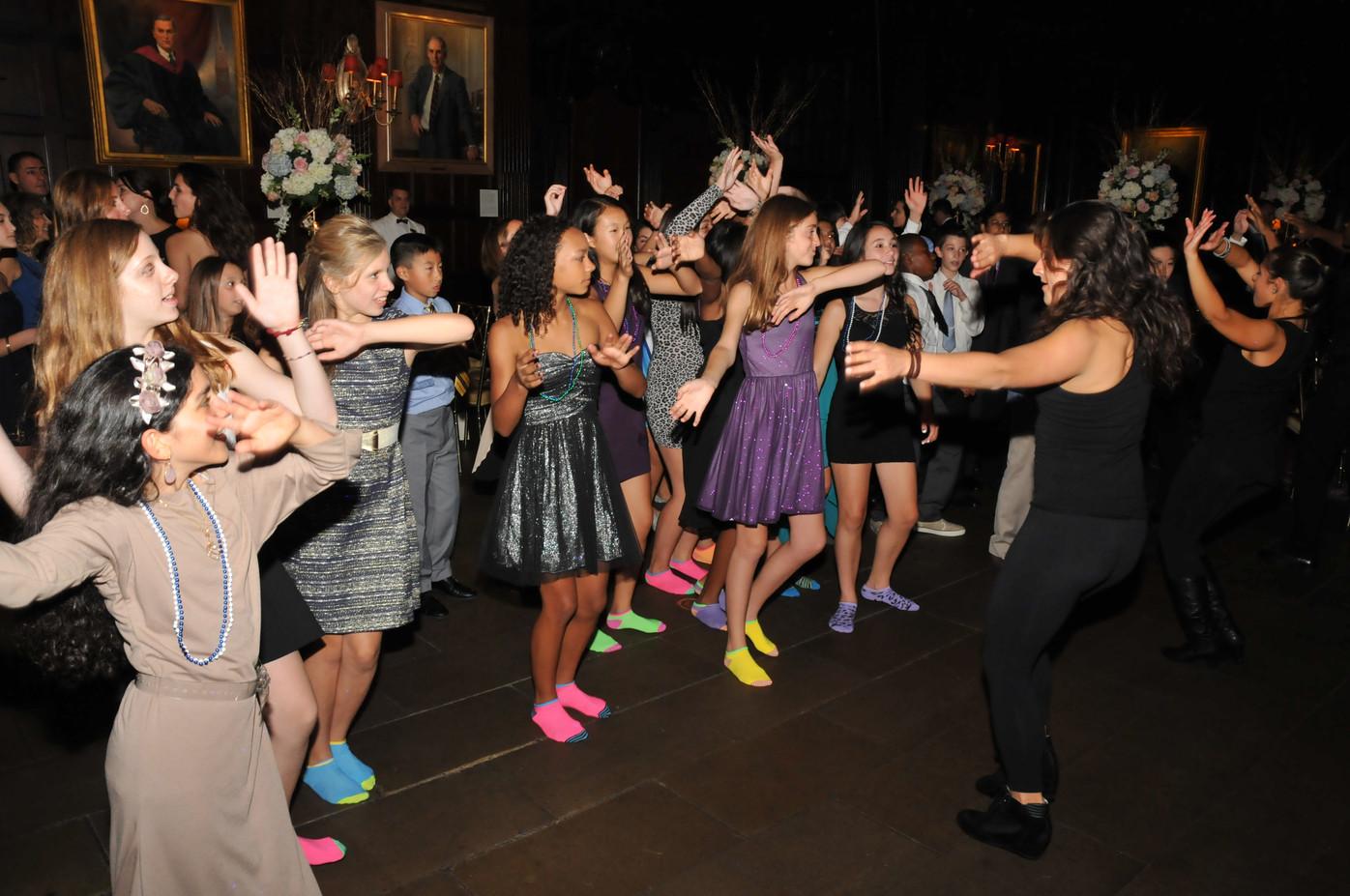 Teens-Party-Group-Dance.JPG