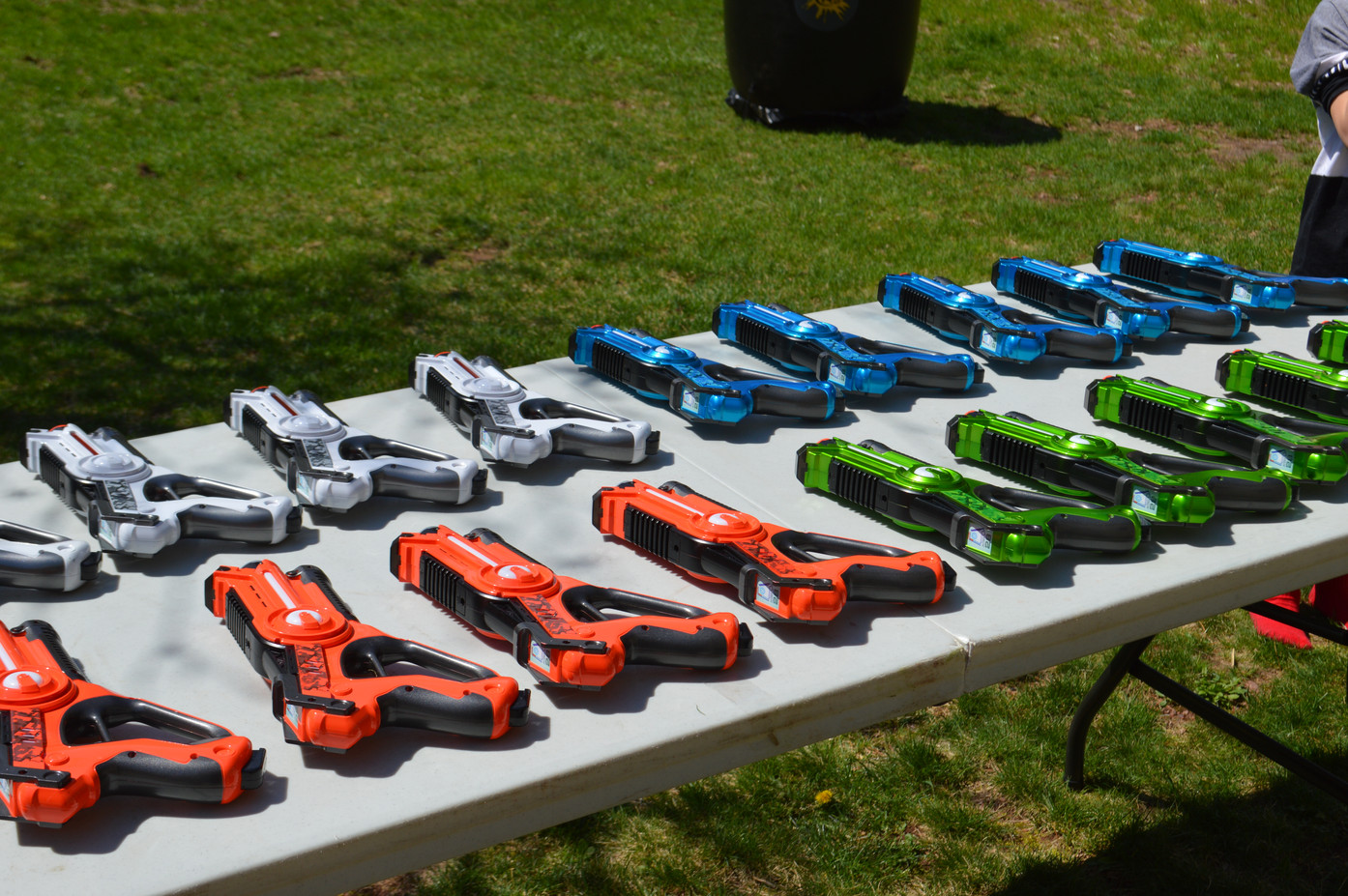 Sets-Of-Laser-Tag-Guns-On-The-Table.JPG