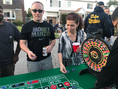 Casino-DIce-Game-At-Event.JPG