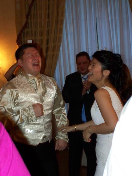 Bride-And-Groom-Dancing.jpg