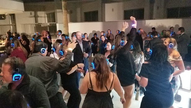Silent-Disco-Party-Facilitated-By-Magical-Memories-Entertainment.jpg