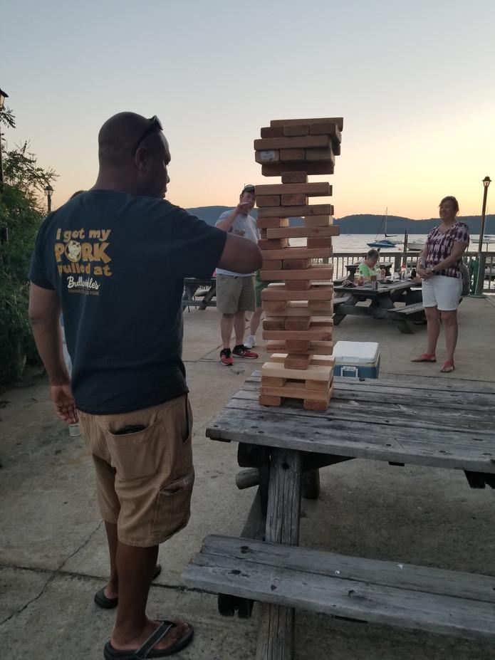 Giant-Ladder-Game.jpg