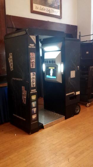Arcade-Photo-Booth.jpg