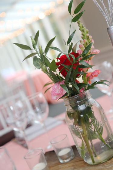 Table-Party-Flower-Design.JPG