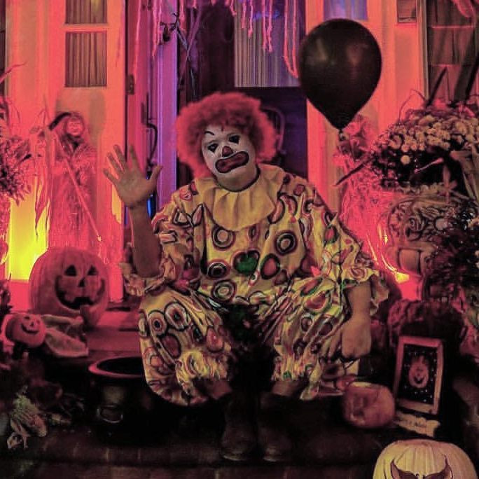 Clown-Face-Painting-Custome-Party.jpg