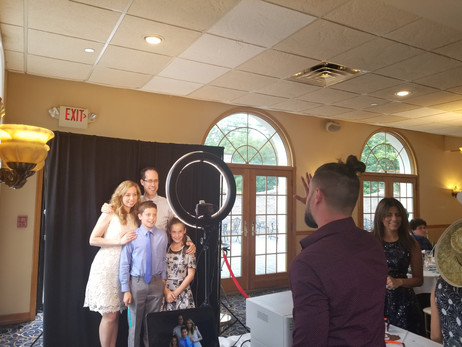 Paparazzi-Photo-Booth-Family-Picture.jpg