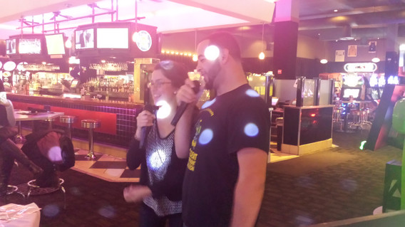 Couple-Karaoke-Singing-Duet.jpg