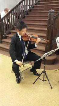Electric-Violinist.jpg