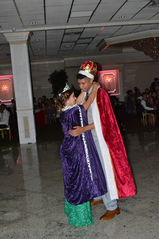 King-And-Queen-Prom-Dance.JPG