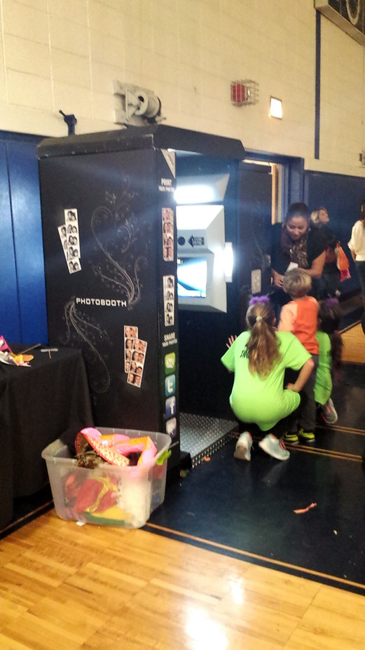 Event-Arcade-Photo-Booth-For-Rent.jpg
