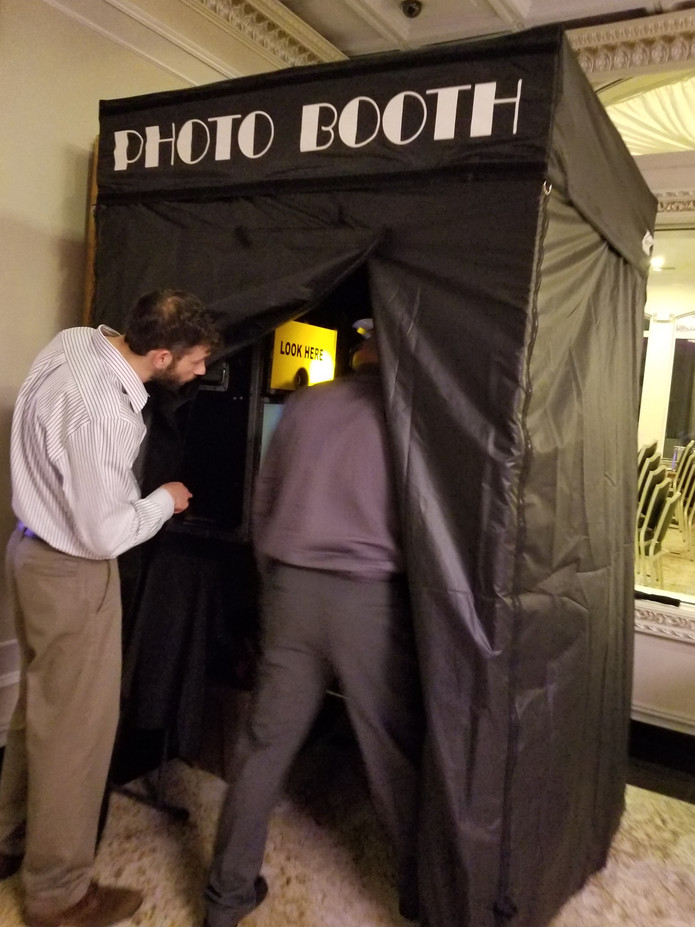 Large-Enclosed-Photo-Booth-For-Events.jpg