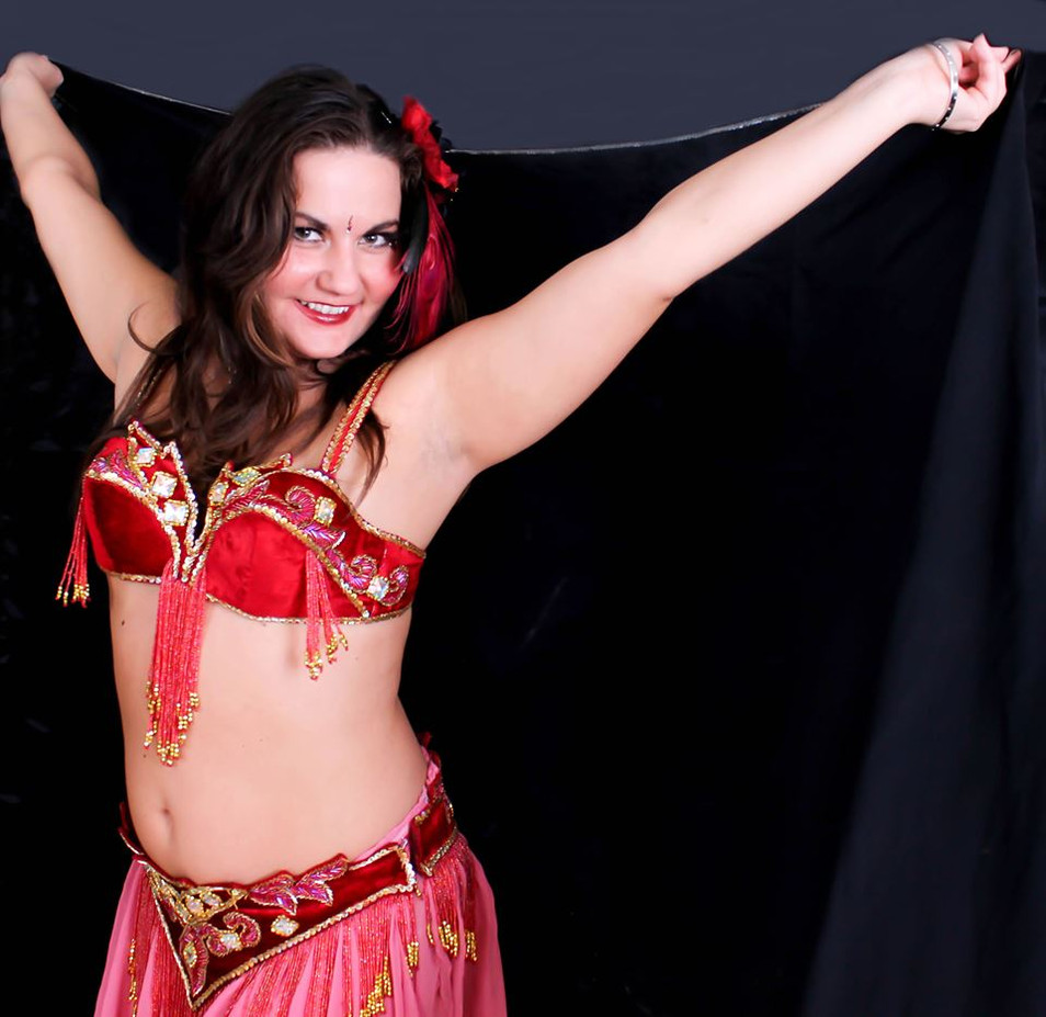 Belly-Dancer-For-Any-Event