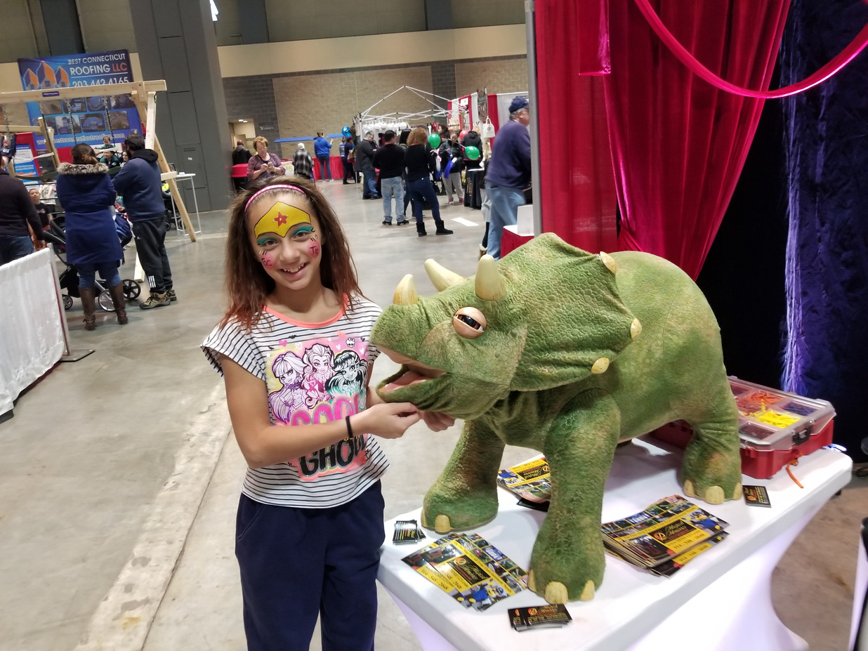 Animatronic-Dinosaur-With-A-Girl-At-Party.jpg