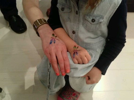 Dragon-Fly-Glitter-Tattoo.jpg