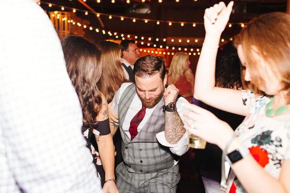 Guest-Dancing-Party.jpg