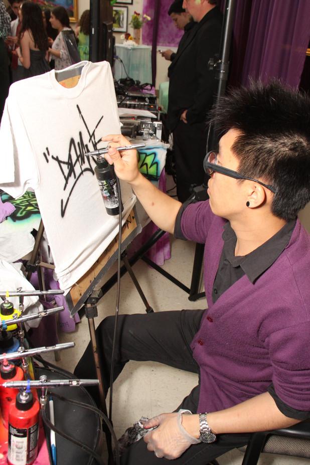 Airbrushed-Artist.JPG
