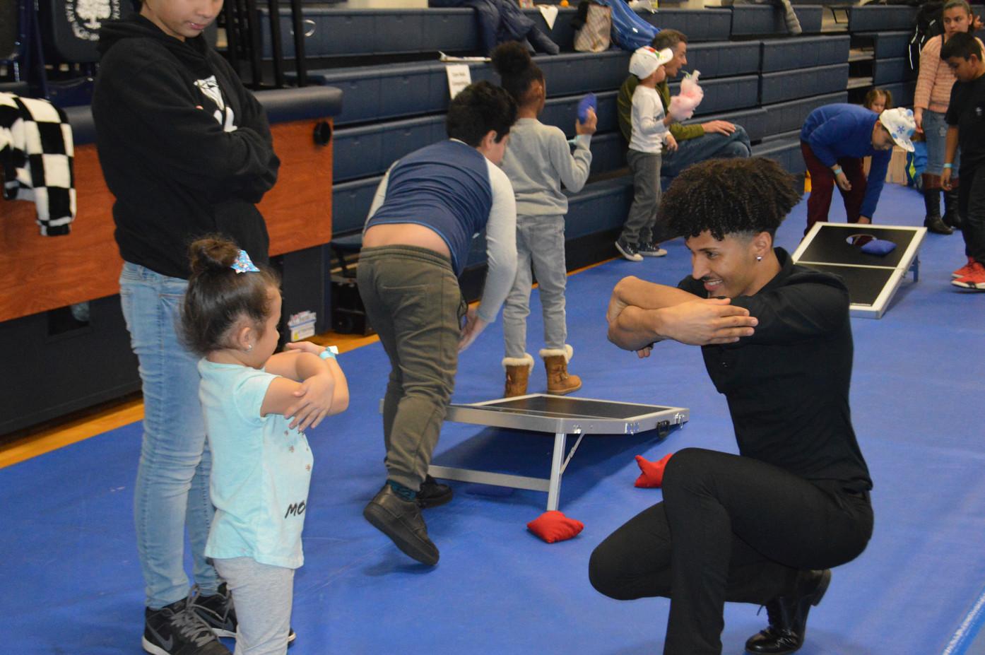 Motivational-Dancer-With-Little-Girl.JPG