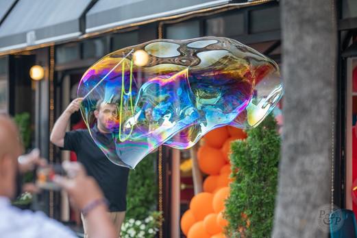 Giant-Bubble-Show.jpeg