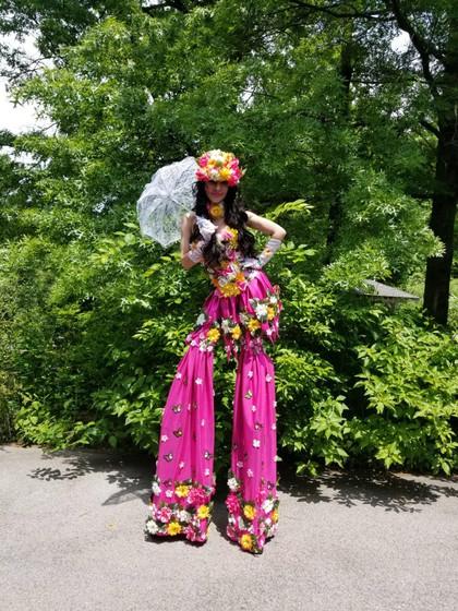 Floral-Outfit-Stilt-Walker.jpg
