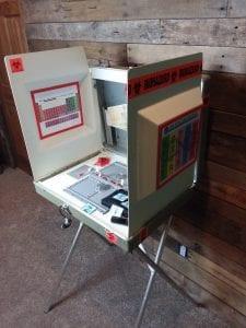 Biohazard-Box-Game-Open-Side.jpg
