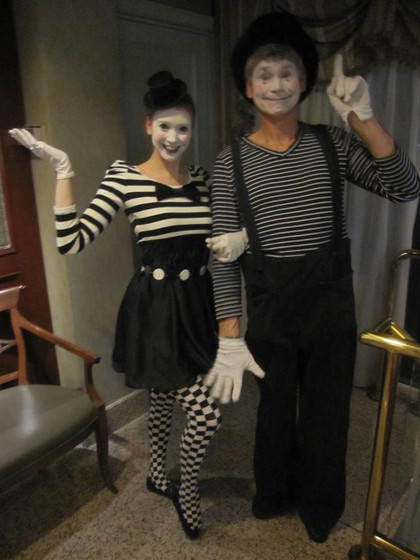 Mimes-At-Event.jpg