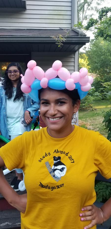 Crown-Balloon-Twister-Design.jpg