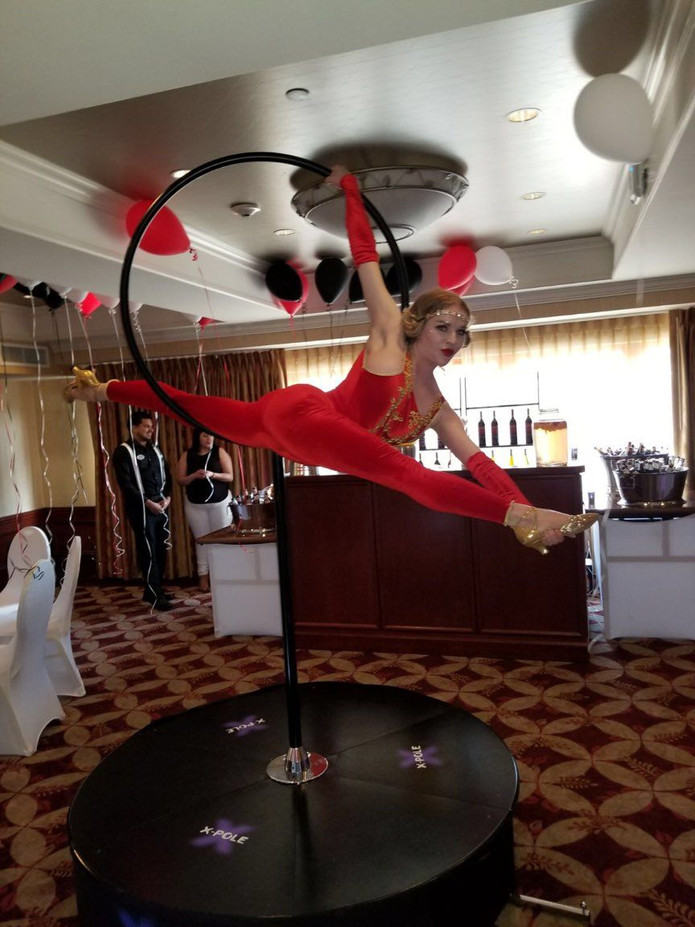 Lollipop-Stand-Aerialist-For-Event.jpg